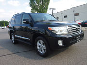 2013 Toyota Land Cruiser V8